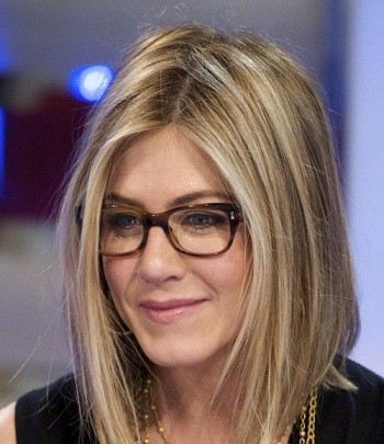 Jennifer Aniston Oval Face Shape Eye Frame