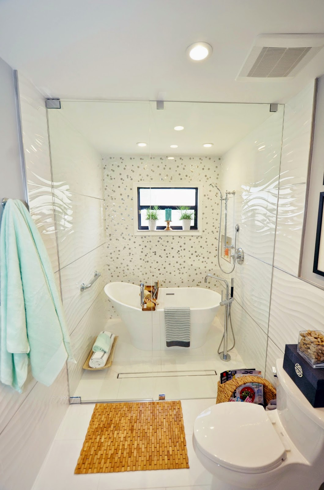 Live Laugh Decorate A Vintage Tub Modern Shower A Swanky New Bathroom