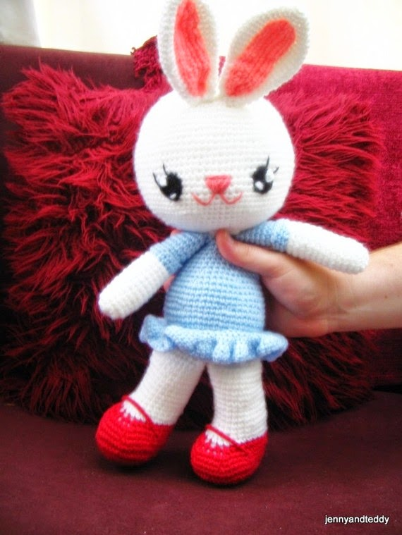 free crochet bunny rabbit pattern