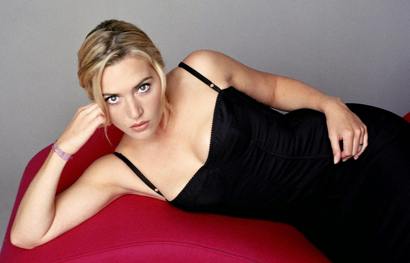 Amazing Kate in Hot Black Dress