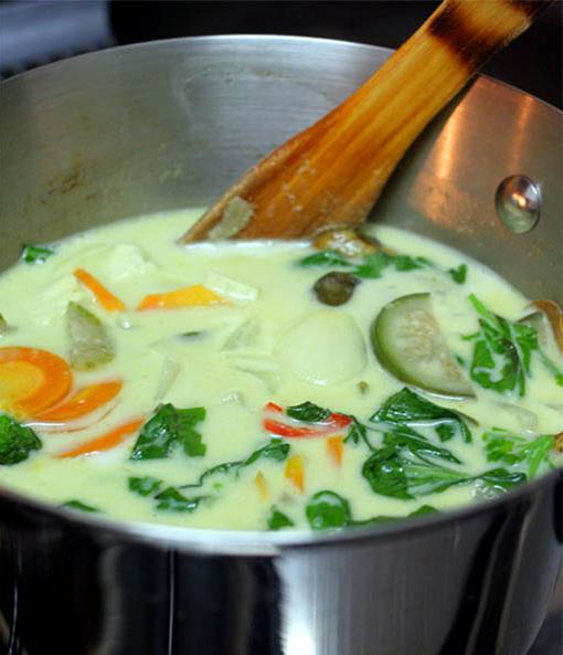 beautiful mind!!: DELICIOUS THAI VEGETARIAN GREEN CURRY