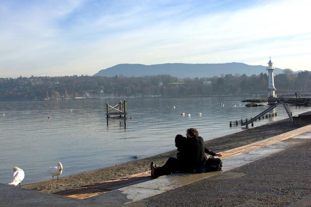 Bain de Paquis, пирс на Женевском озере