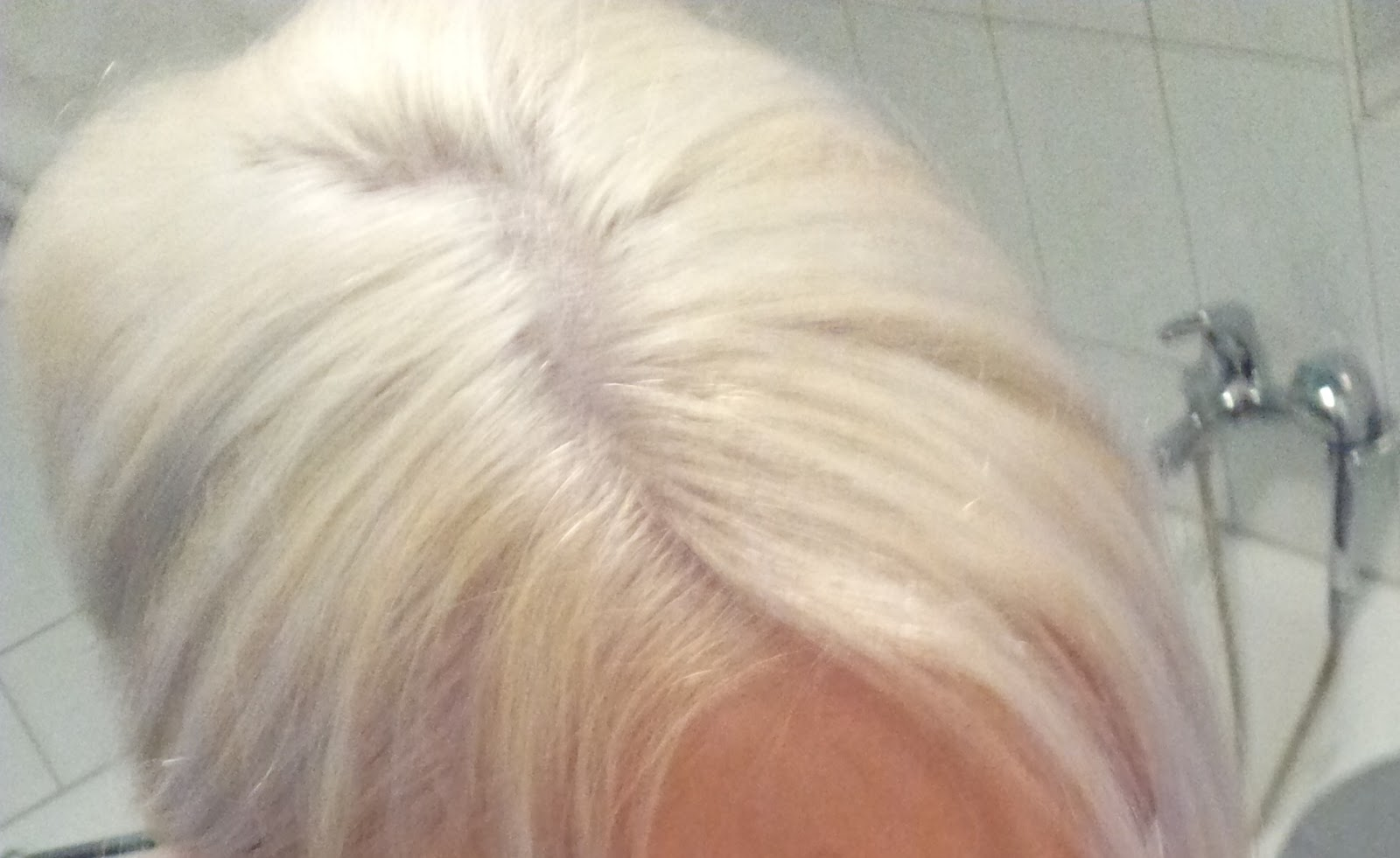 An Blondinen Unter Uns