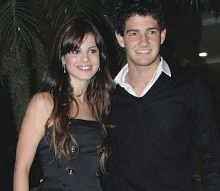 Pato com a ex, a brasileira stephany brito