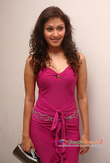 manjari hot boobs in pink dress