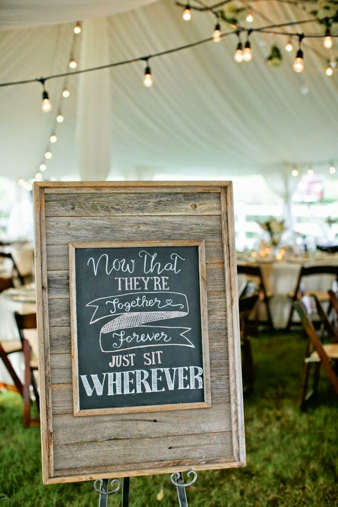 12 Delightful Ways To Use Wedding Signs Throughout Your Wedding - Direct Guests To Their Seats