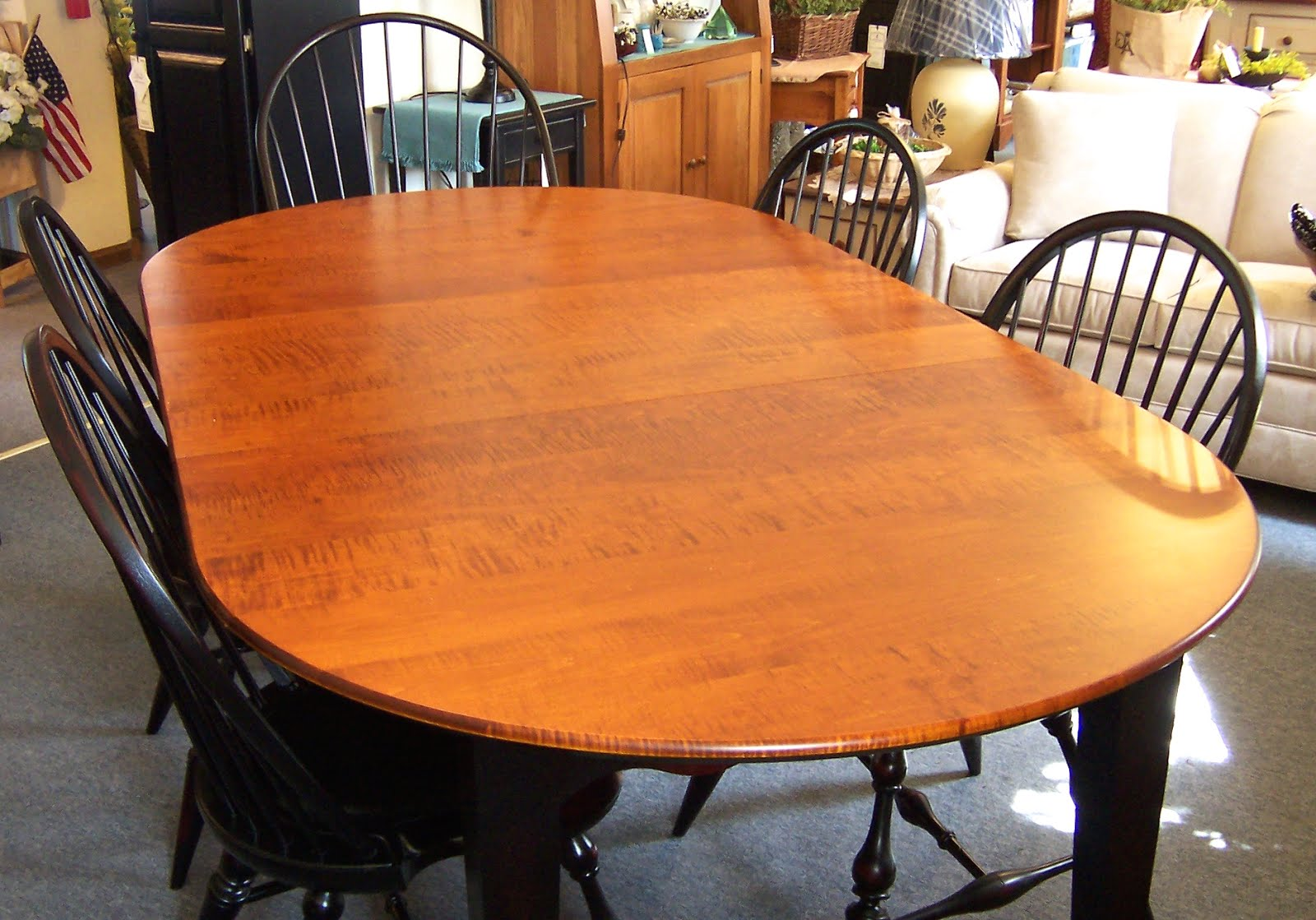Tiger Maple Dinning Room Table