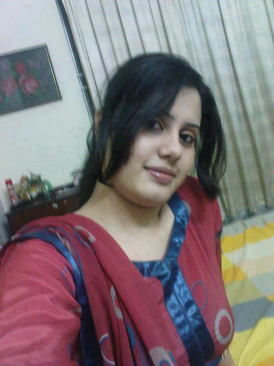 Mumbai busty teen call girl - 1 6
