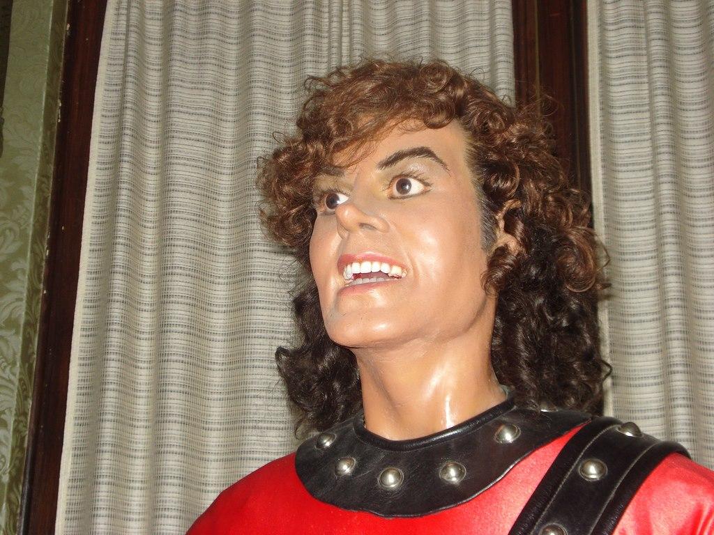 El Museo de Cera Capitalino... - Página 6 475351_10151044078751120_1355909716_o
