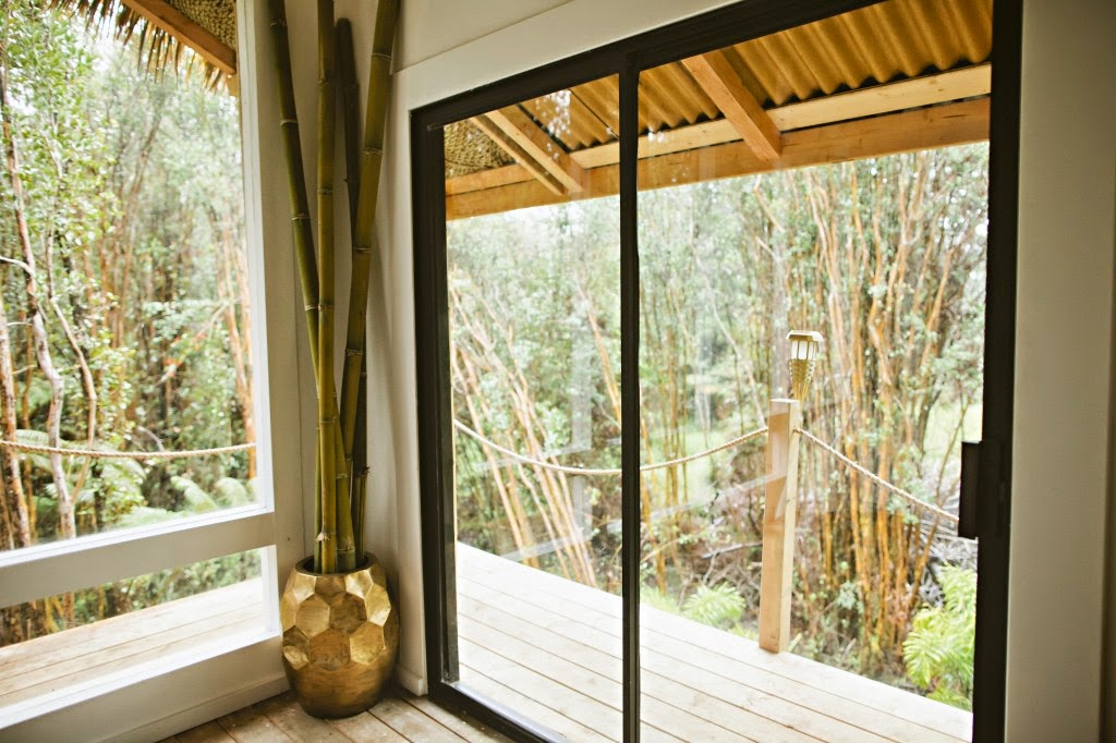 05-Kristie-Wolfe-Architecture-Tiny-Tree-House-in-Hawaii-www-designstack-co