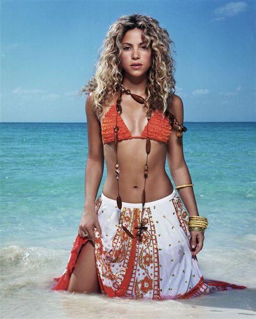 shakira bikini Danh sách 100 người đẹp nhất nước Mỹ