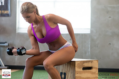 AMERICA'S HOT GIRLS OF THE GYM