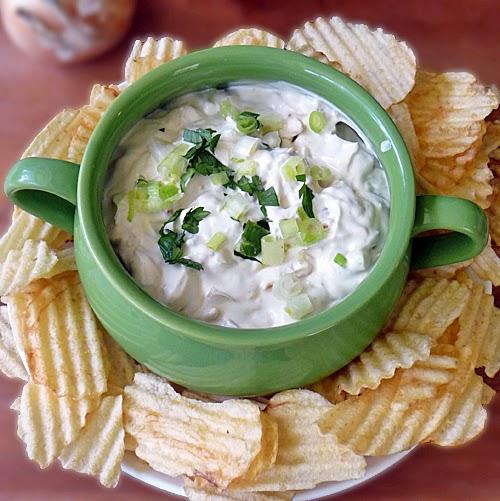 Creamy Caramelized Onion Dip