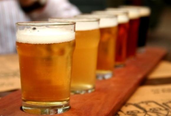 Como gelar rápido a cerveja