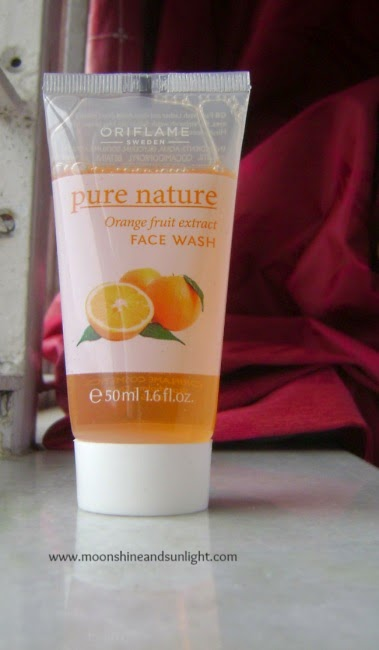 Oriflame pure nature orange fruit extract face wash review and price in India, review blog, indian