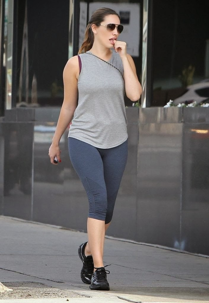 Gorgeous Model Kelly Brook Out and About in LA