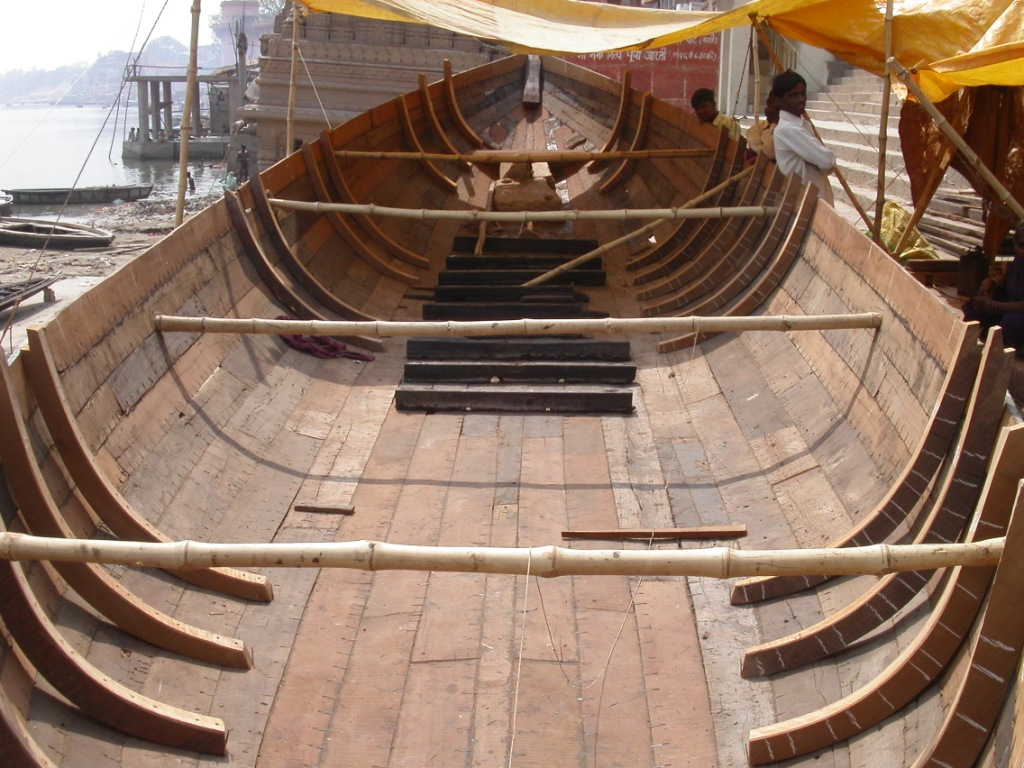 Indigenous Boats: Opposite Ends of India
