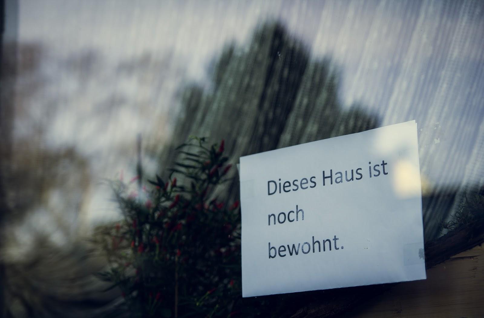 Hinweisschild von Bewohnern in Immerath Garzweiler Reportagefotografie Andreas Blauth