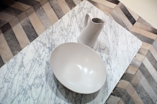 All_White_Interiour_Marble_Coffee_Table