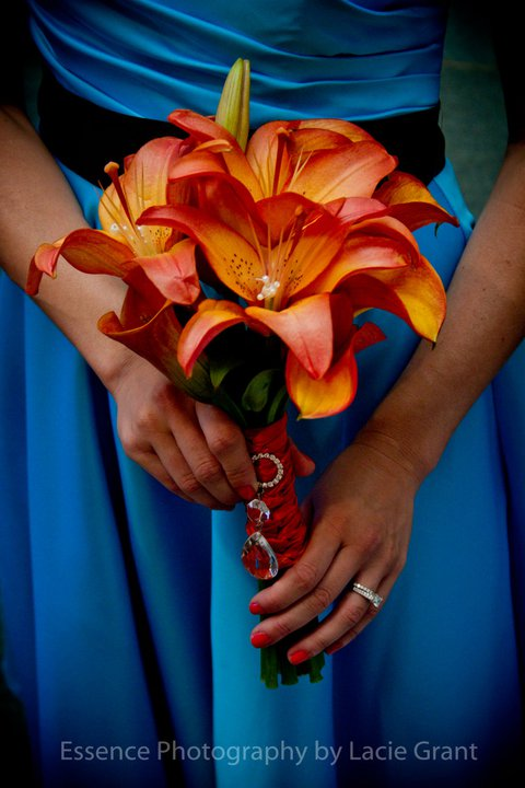 Bridesmaid 39s Bouquet Sunset Lilies and Orange Mango Callas for a