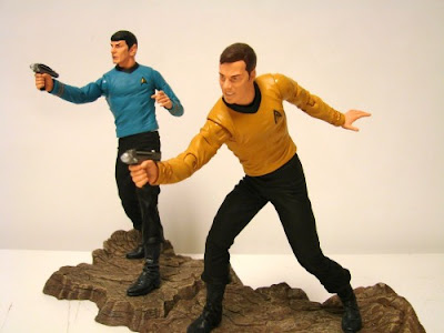 Diamond Select Star Trek The Original Series Kirk and Spock Toys R Us Exclusive Figures