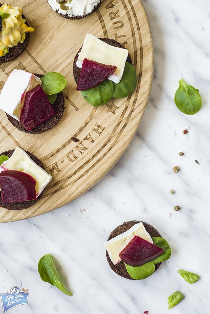 Kanapki z serem pleśniowym