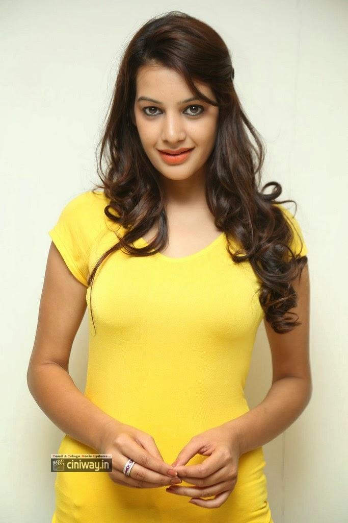 Deeksha-Panth-New-Photos