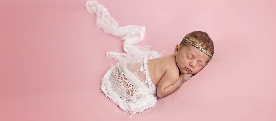 Blissful Mondays Newborn Photography Hillsboro Oregon