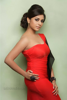 Suja Kumar Gorgeous looking Pictures 003.jpg