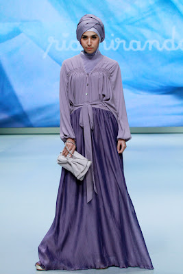 10 Rancangan Ria Miranda Di Indonesia Fashion Week 2013 Model Jilbab