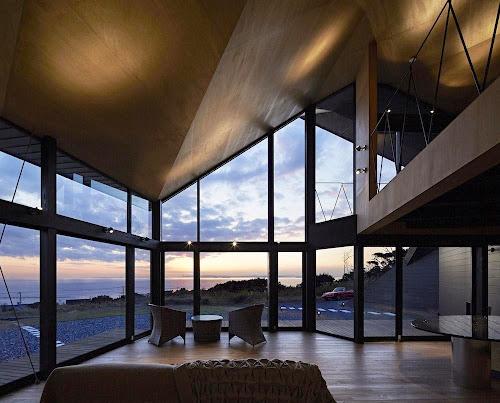 Villa Escargot by Takeshi Hirobe Architects