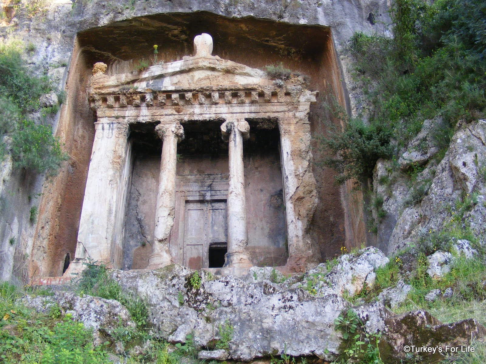Fethiyes Lycian Rock Tombs • Turkeys For Life