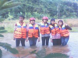 Arung Jeram The white water rafting in Batang Pekalongan