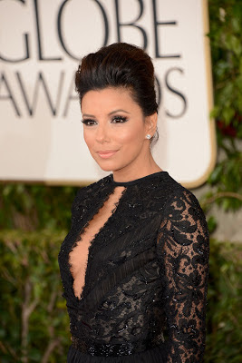 Eva Longoria showed off her sexy legs in a Emilio Pucci dress at the 2013 Golden Globes red carpet