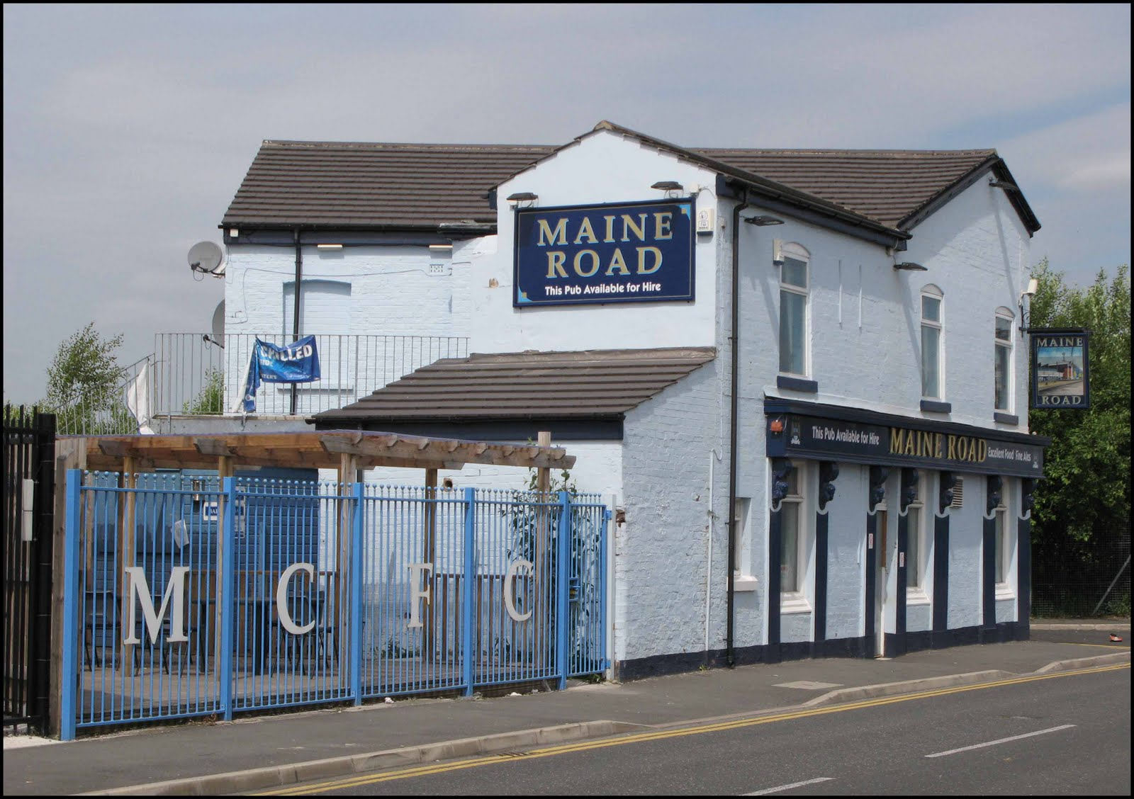 Pubs of Manchester: Britannia / Summerbee\'s / Maine Road - Rowsley ...