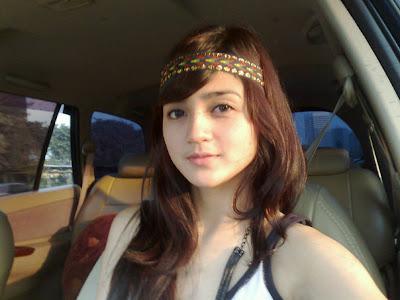 Furry Citra Dellina ikut modeling (blogspot.com)