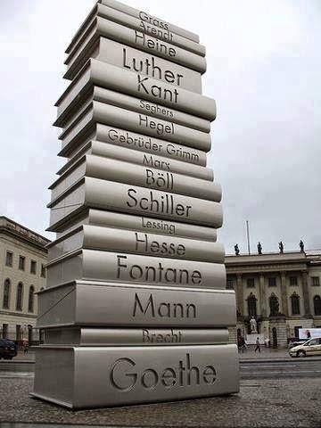 Memorial onde Nazistas queimaram livros Berlim
