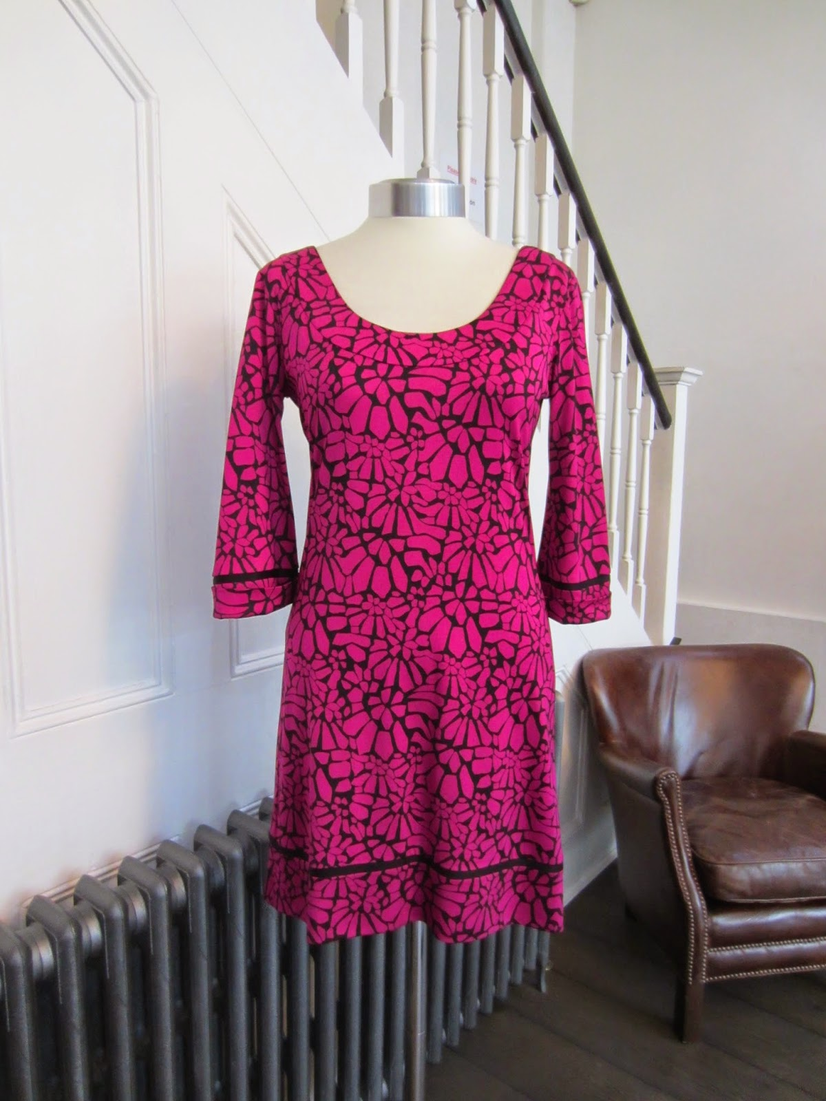 Diane Von Furstenberg Pink & Black Dress