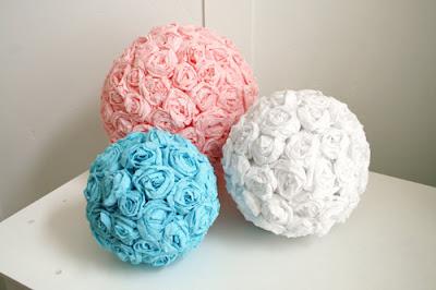 como hacer rosas con papel crepe