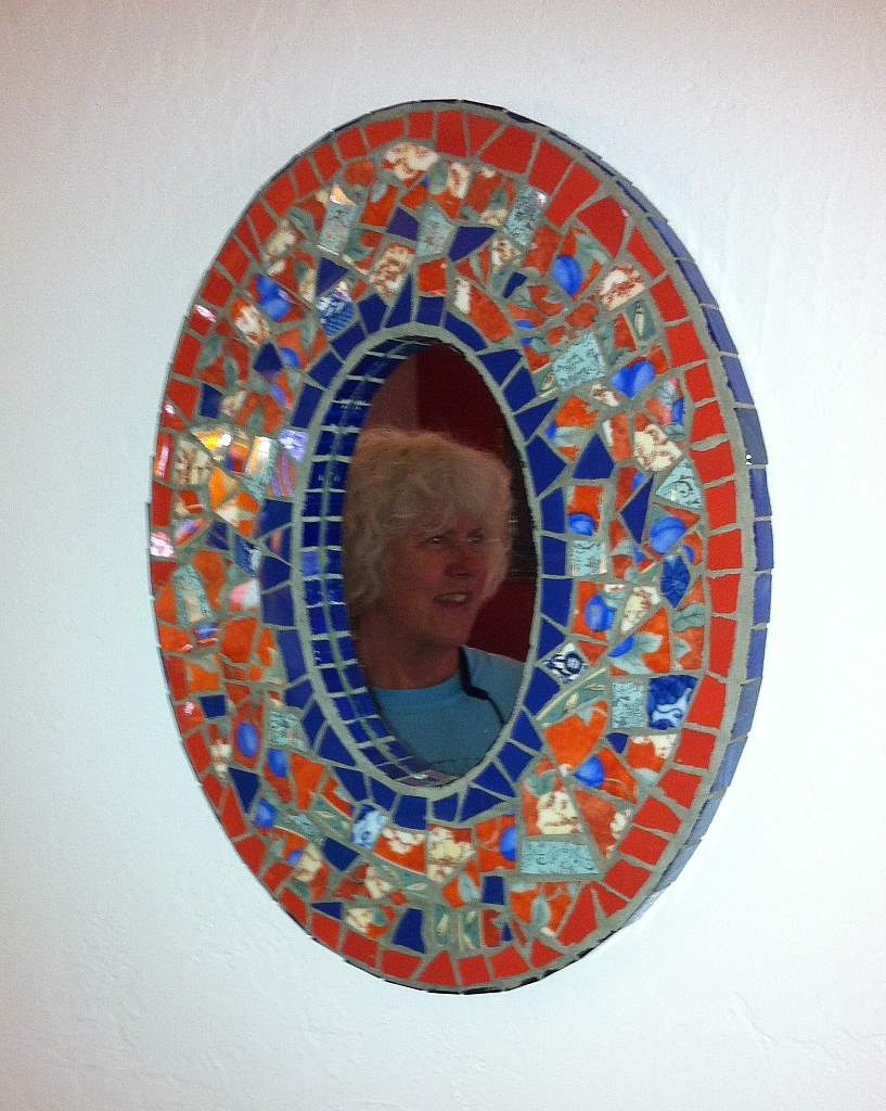Joooles design mosaic adventures mosaic mirrors for Mosaic mirror