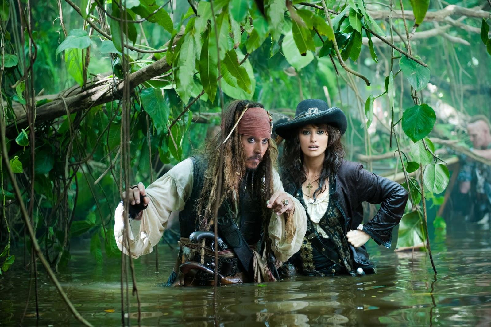 http://2.bp.blogspot.com/-DD1teICTEe4/TZUSoOO5fkI/AAAAAAAABmc/w2y6a4_Lb3Q/s1600/piratas+del+caribe4.jpg