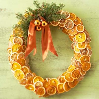 manualidades de navidad corona de narajas limones secos