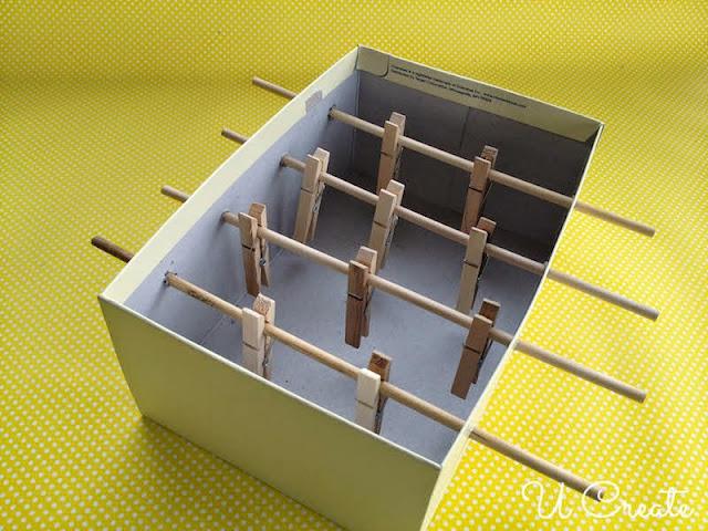 Mesa de Pebolim feita com caixa de sapato - PAP 06
