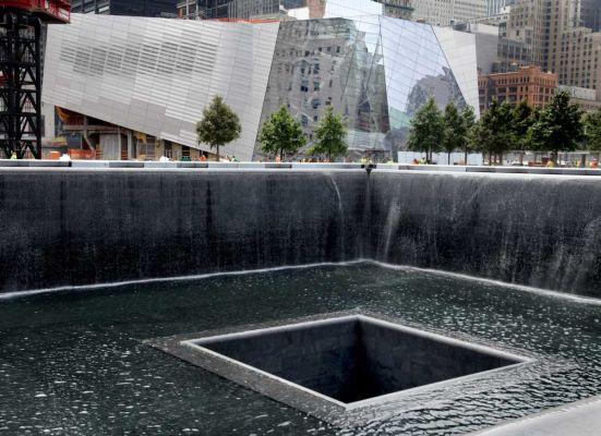 Cranes are flying 9 11 ground zero memorial service - Ground zero pools ...