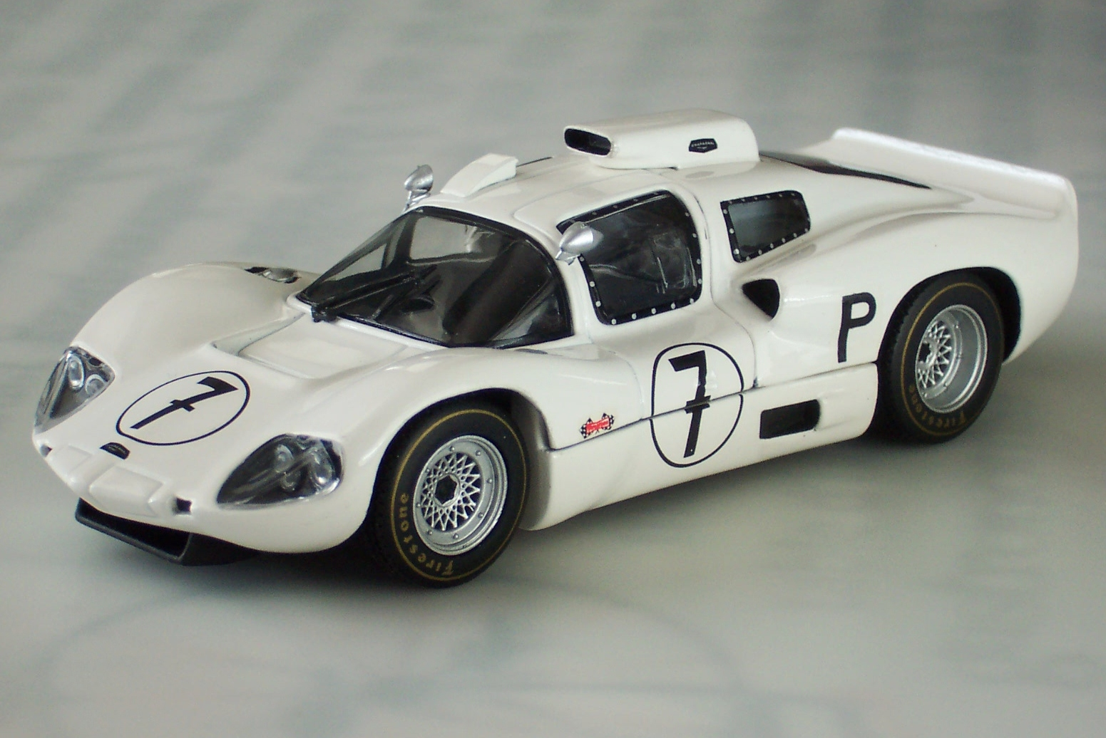 Chaparral 2D Chevrolet group 6 (1966) - Racing Cars