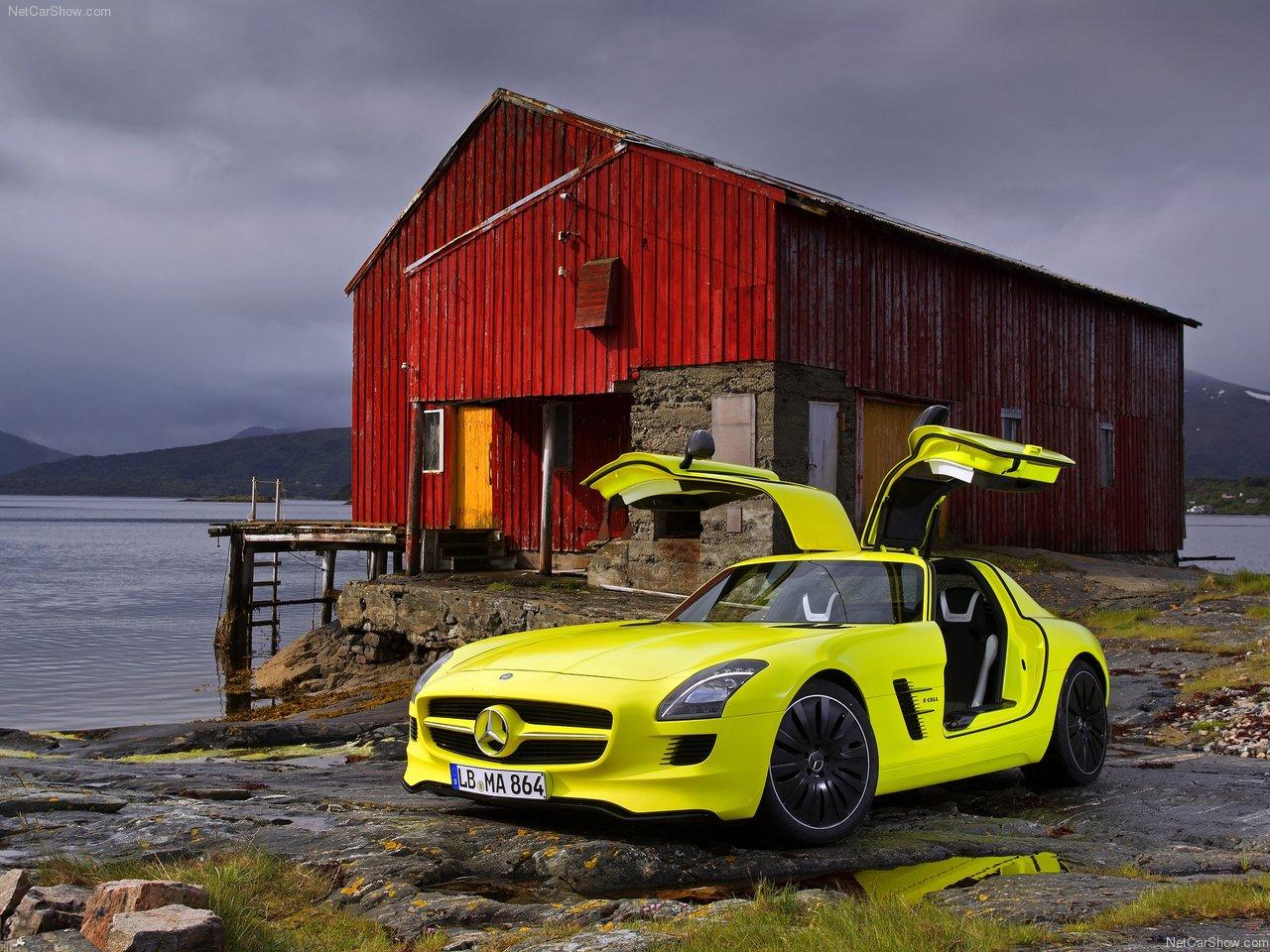 http://2.bp.blogspot.com/-DDuw2cDgRew/TWFpn3Of7iI/AAAAAAAAKYw/bqrJwZheoTc/s1600/Mercedes-Benz-SLS_AMG_E-Cell_Concept_2010_1280x960_wallpaper_05.jpg