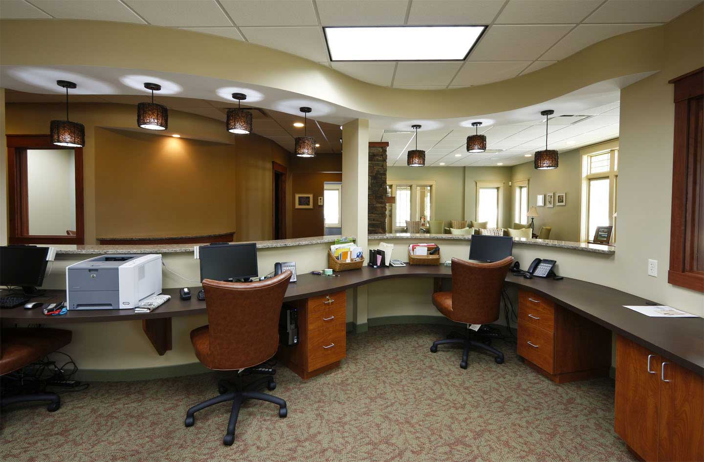 krish group how office interior colour and design help low screeners reported more dyspepsia in are the effects of the work environment the place where the red and white offices than high screeners