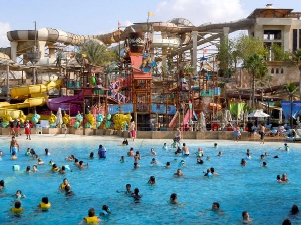 Air Kencing Penyebab Mata Merah Selepas Berenang Dalam Kolam Renang - Pakar