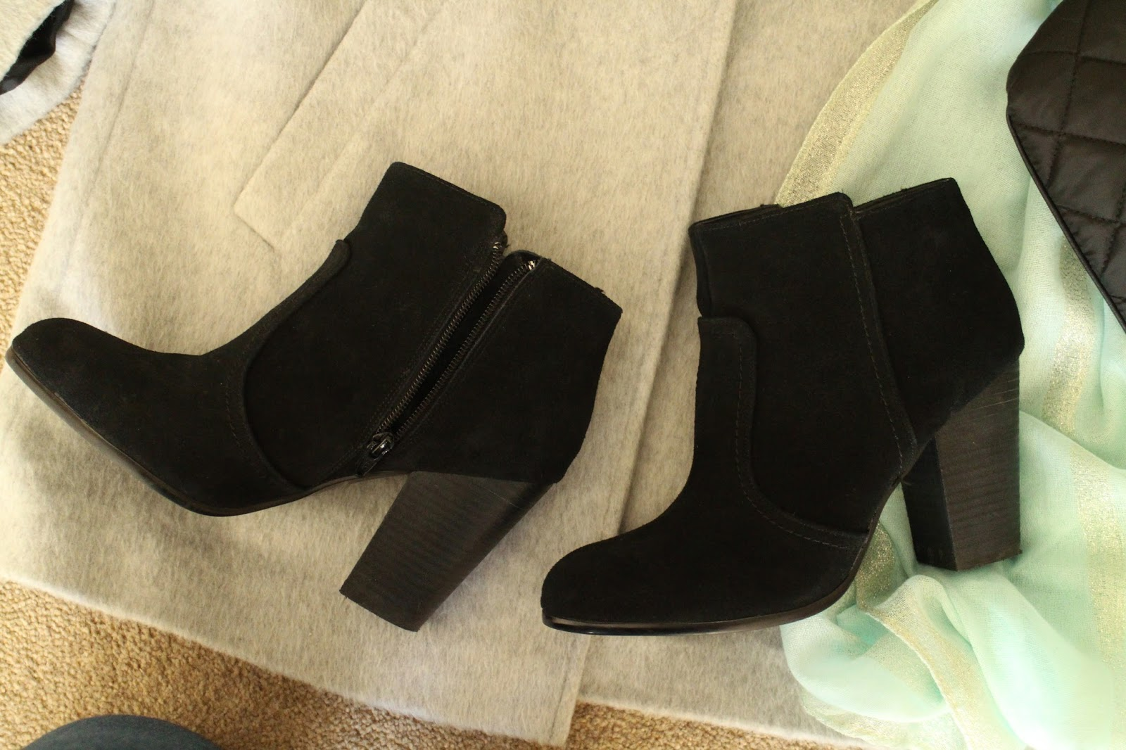 H&M SUEDE HEELED BOOTS
