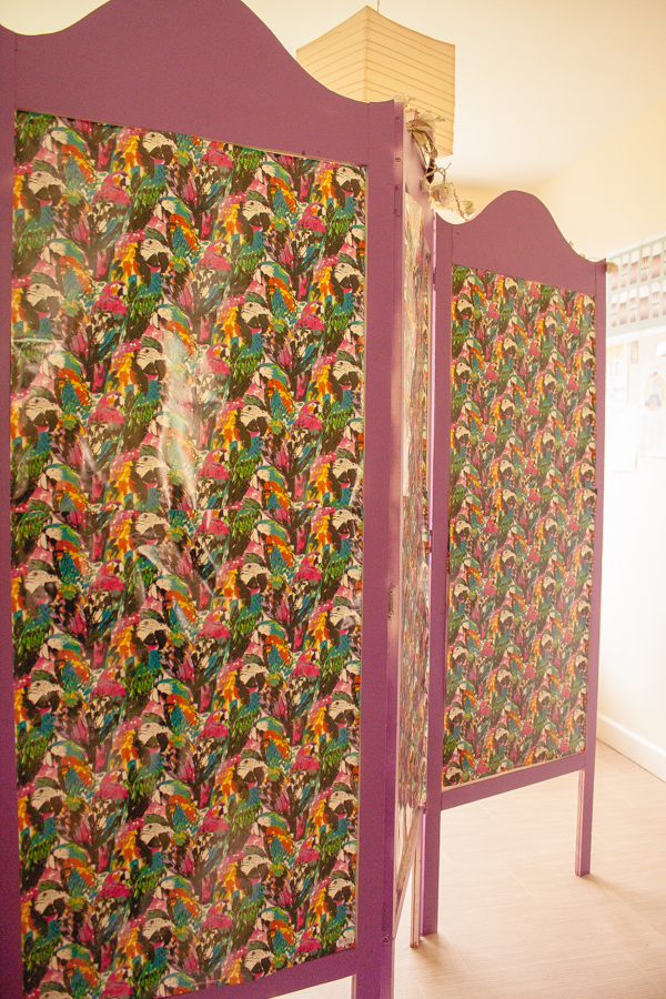 Room Divider Purple Parrot Decoration